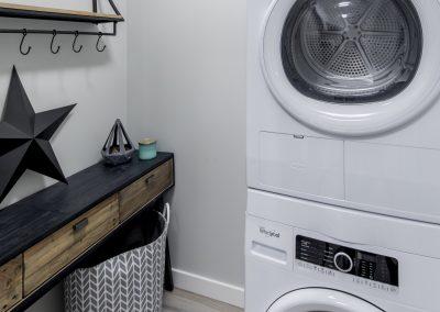 Peterson Landing Suite 106 Laundry 02 © 18-4832